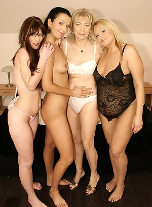 beautiful moms sex with youngs