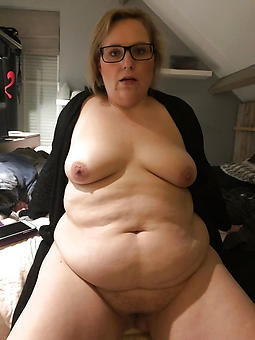 Chubby mature naked