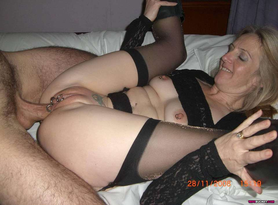 Mature amateur wives anal